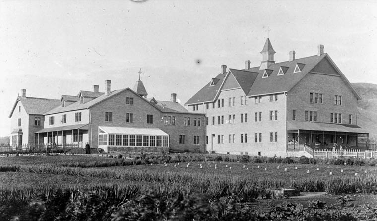 Fort Qu'Appelle Indian Residential School, exterior view, Lebret, date unknown