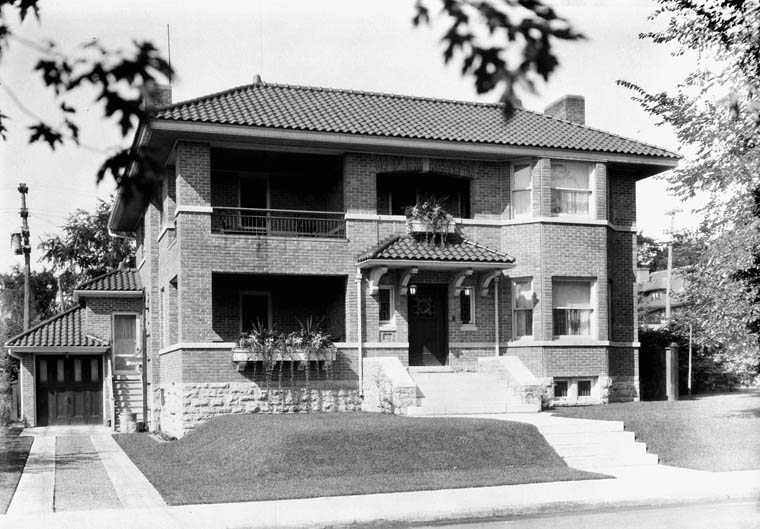 [Col. Street's] Residence on Range Road. (item 1)