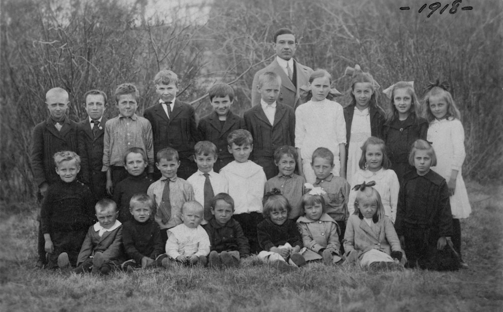 Ukrainian School, (South Edmonton). Elia Shklanka teacher. 1918. (item 1)