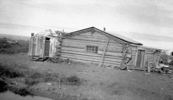 Pensionnat indien de Shingle Point (mission anglicane de St. John's), vue extérieure de l'école et du pensionnat pour garçons, 1930