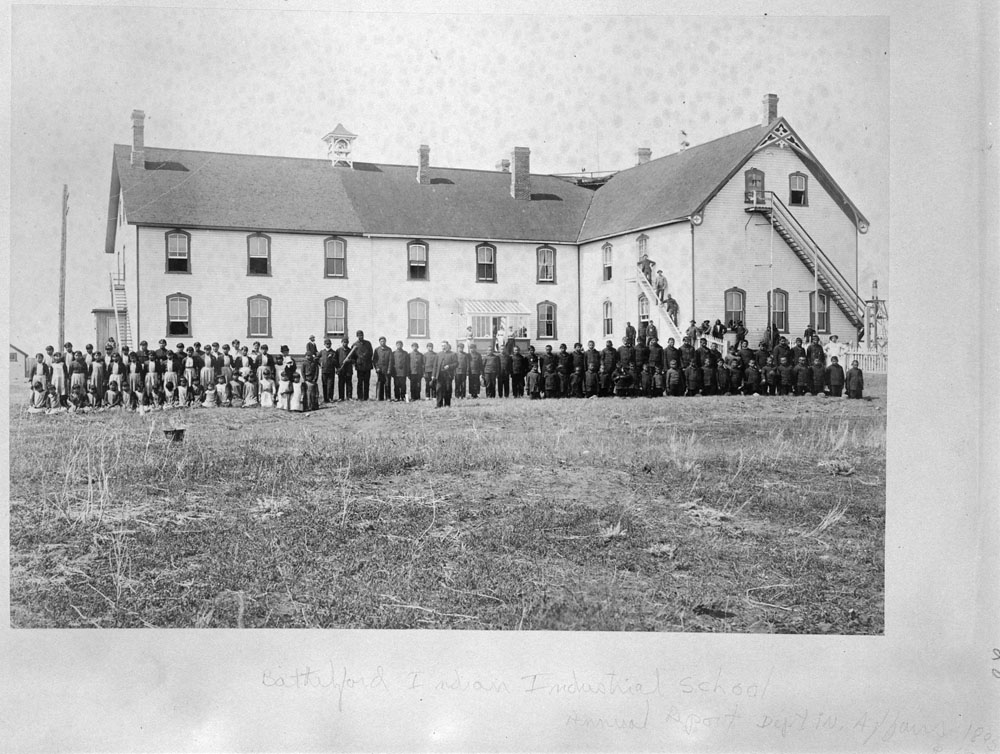 Battleford Indian Industrial School, annual sport day, 1895