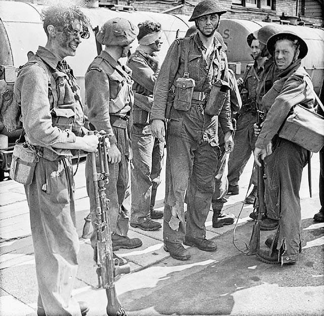 Soldiers who took part in Operation JUBILEE, the raid on Dieppe, returning to England, 19 August 1942. (item 1)