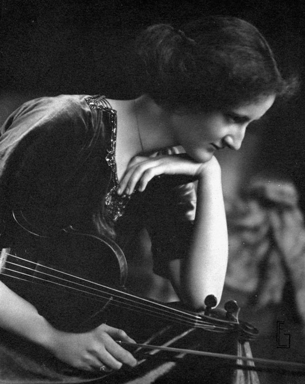Portrait of Canadian violinist Kathleen Parlow. (item 1)