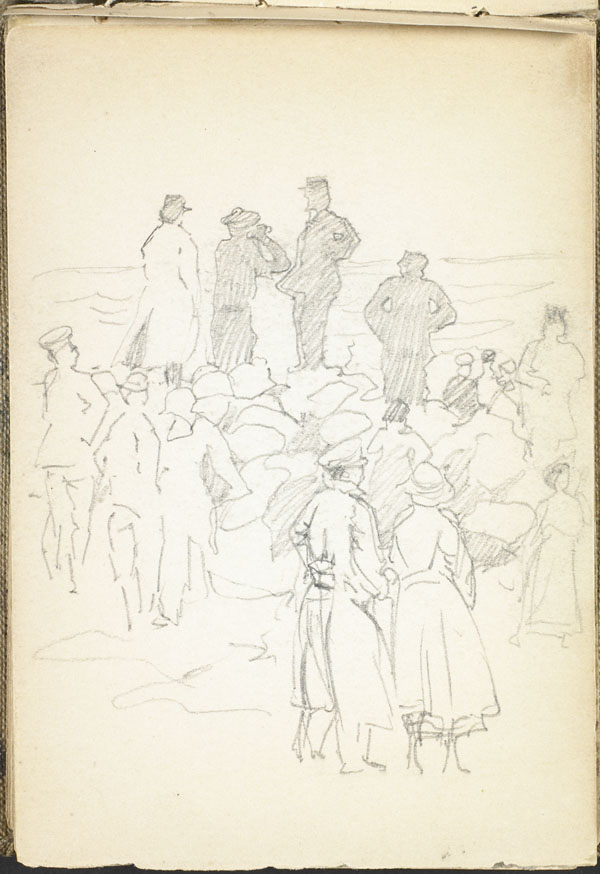 Men, women, soldiers and civilians, assembled on the beach at Wimereux