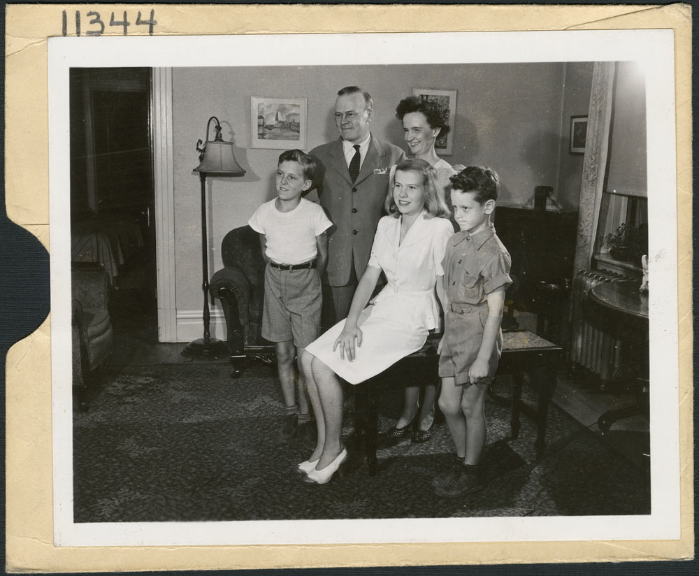 Typical Canadian family, by Jack Long for the National Film Board of Canada, 1944. The Canadian government kept a bank of official images, available to domestic and foreign journalists. Source: e010962324