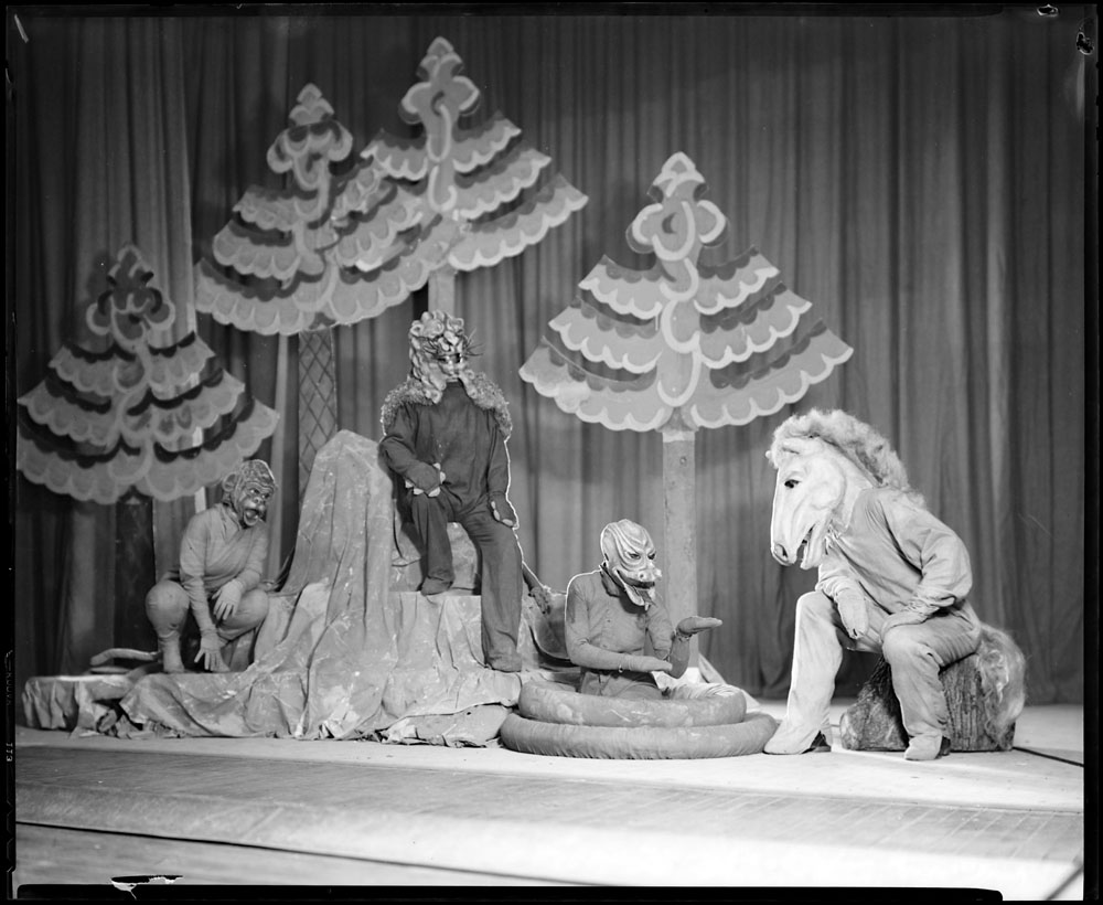 "Dominion Drama Festival 1937 (""The Last War"", Vancouver Little Theatre) (item 2)"