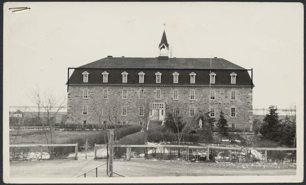 Pensionnat indien de Pine Creek (Camperville), édifice abritant le dortoir, 1947